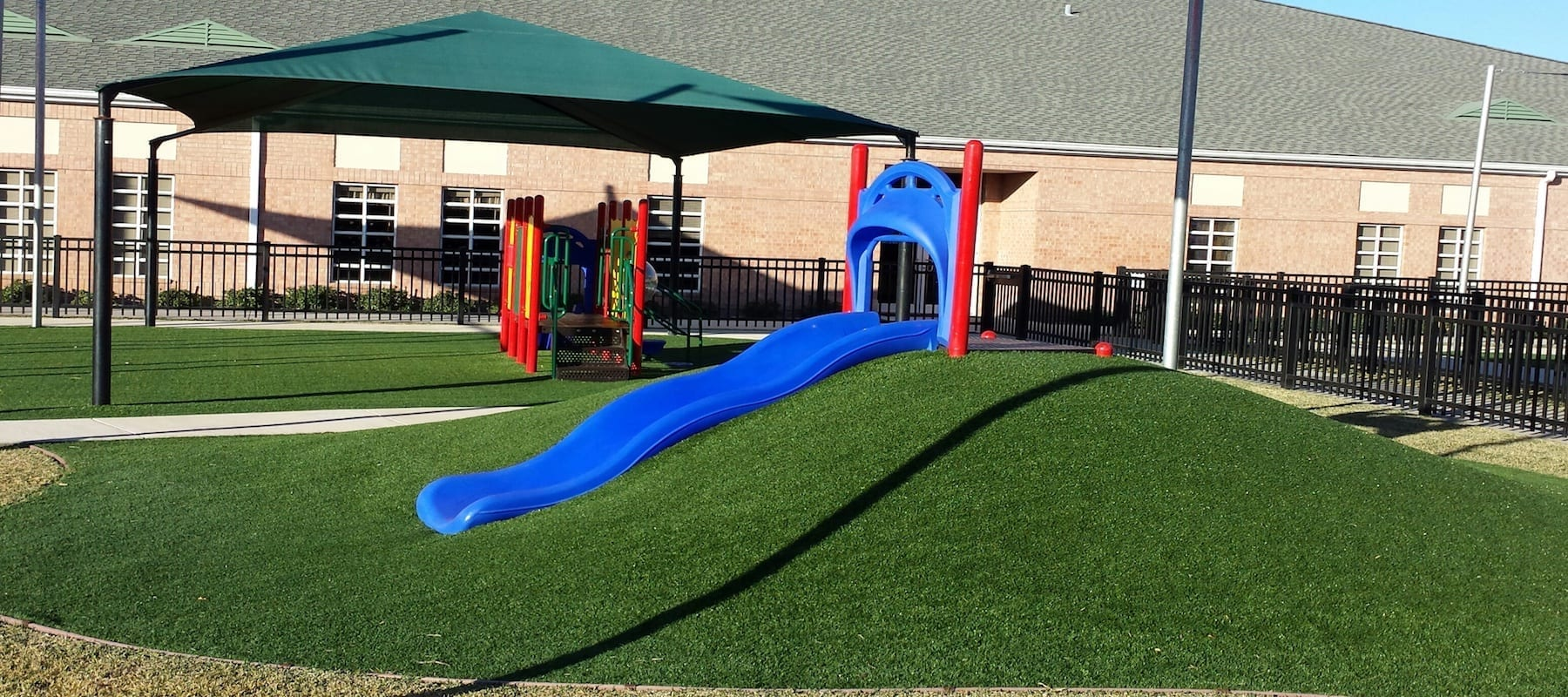 <p>From backyard playscapes to apartment complexes or schoolyard jungle gyms, the types of substrate to use for your lawn widely varies. The use of artificial turf can provide a convenient and cost-effective landscape for your needs. Are you looking for an affordable, low-maintenance, and safe alternative to unpredictable natural grass [&hellip;]</p>
